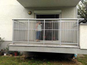 biztonsági rács erkélyre
